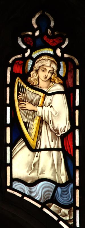 Brampton, angel playing pointed harp